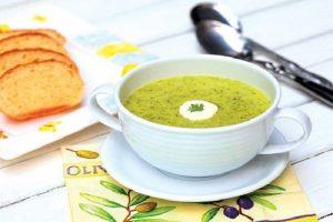 Súp bí ngô bông cải xanh