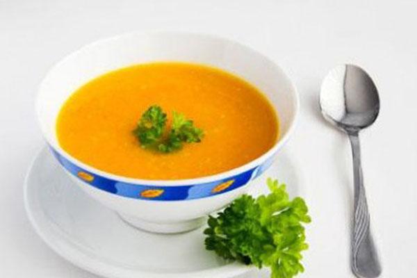 súp cá hồi bí đỏ