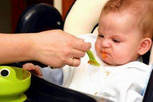 biếng ăn ở trẻ