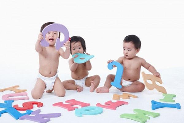 mốc phát triển của trẻ từ 1-5 tuổi